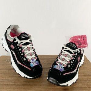 NWT Sketchers D'Lites Memory Foam Black Sneakers